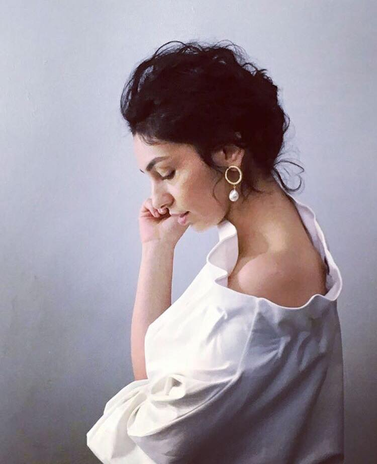 """Söyleşi- 'Safiye Ayla'yı canlandıran Ezgi Çelik: """"Parklarda yatan kadınla, sahne de devleşen kadın aynı ama ruhu farklı"""""""