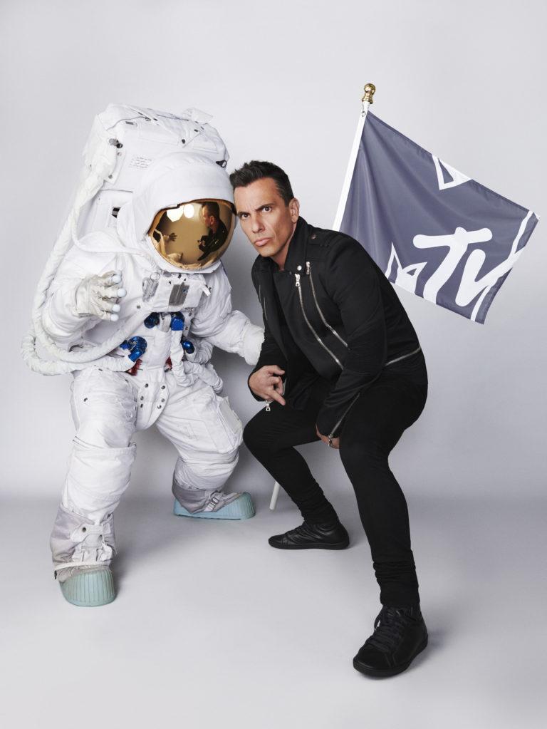 MTV Video Müzik Ödülleri'nin sunucusu bu yıl Maniscalcoolacak