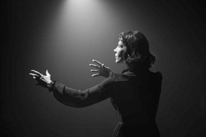Gülriz Sururi'den sonra Tülay Günal'ın Edith Piaf'ı merak uyandırıcı