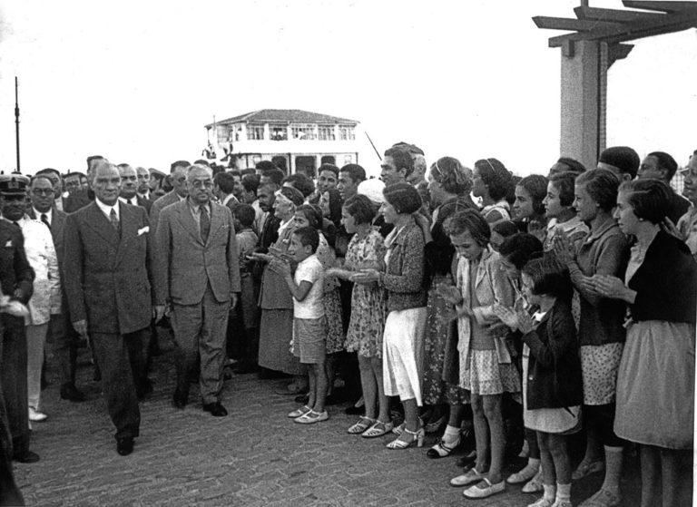 Görkemli fotoğraflarla Hoş Geldin Gazi – Atatürk sergisi