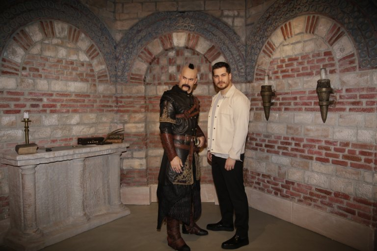 Madame Tussauds İstanbul'da'nın ilk Netflix figürü: Hakan Muhafız