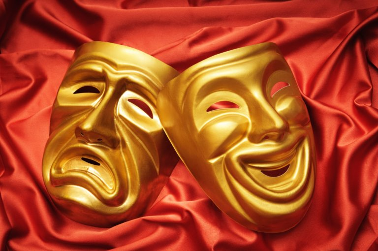 27 Mart Dünya Tiyatrolar Günü Ululararası Bildiri'yi Pakistanlı oyun yazarı Shadid Nadeem yazdı