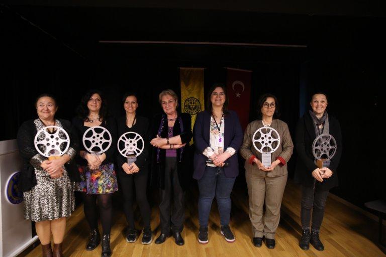 Kadın Yönetmenler Festivali'nde kadın yönetmenlere ödül