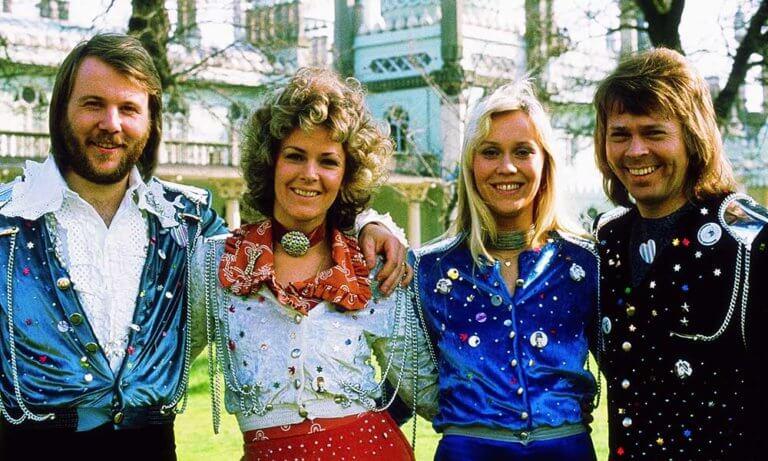 """Tüm zamanların en iyi Eurovision şarkısı ABBA'dan """"Waterloo"""""""