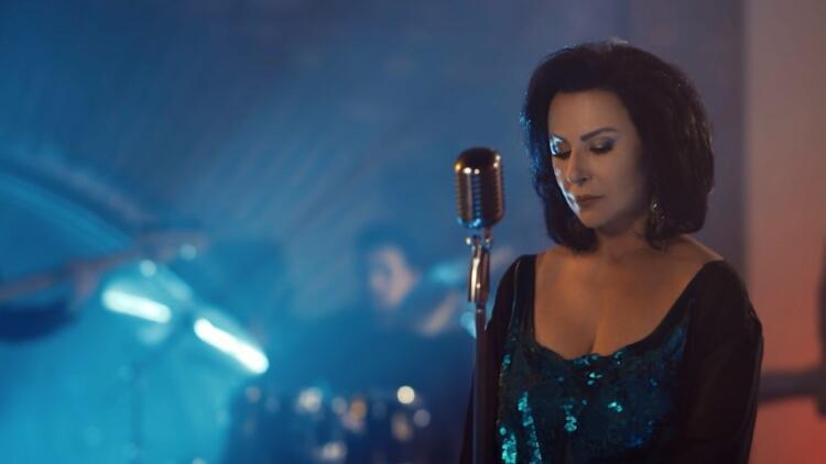 Nur Yoldaş rock albümle geri döndü