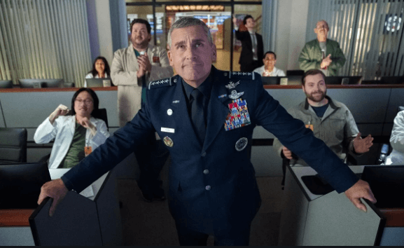 """The Office"" dizisinin yaratıcıları Steve Carell ve Greg Daniels'ten ""Space Force"""