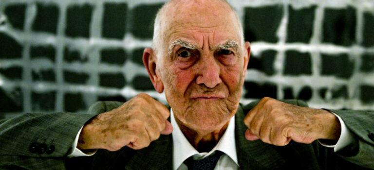 PEN Türkiye eylül ayı kitabını seçti: Stéphane Hessel'in tüm eserleri